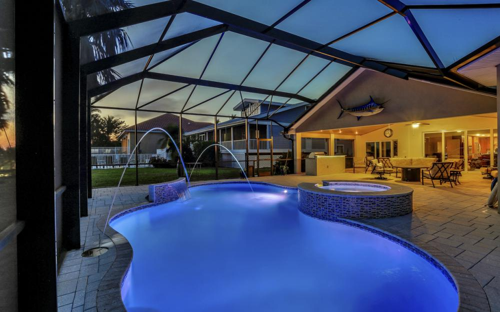 1040 Dolphin Dr, Cape Coral - Home For Sale 356686148