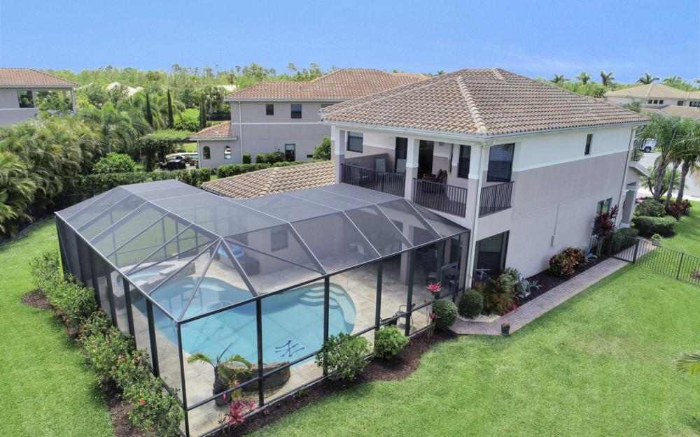 3164 Pacific Dr, Naples - Home For Sale 244037328