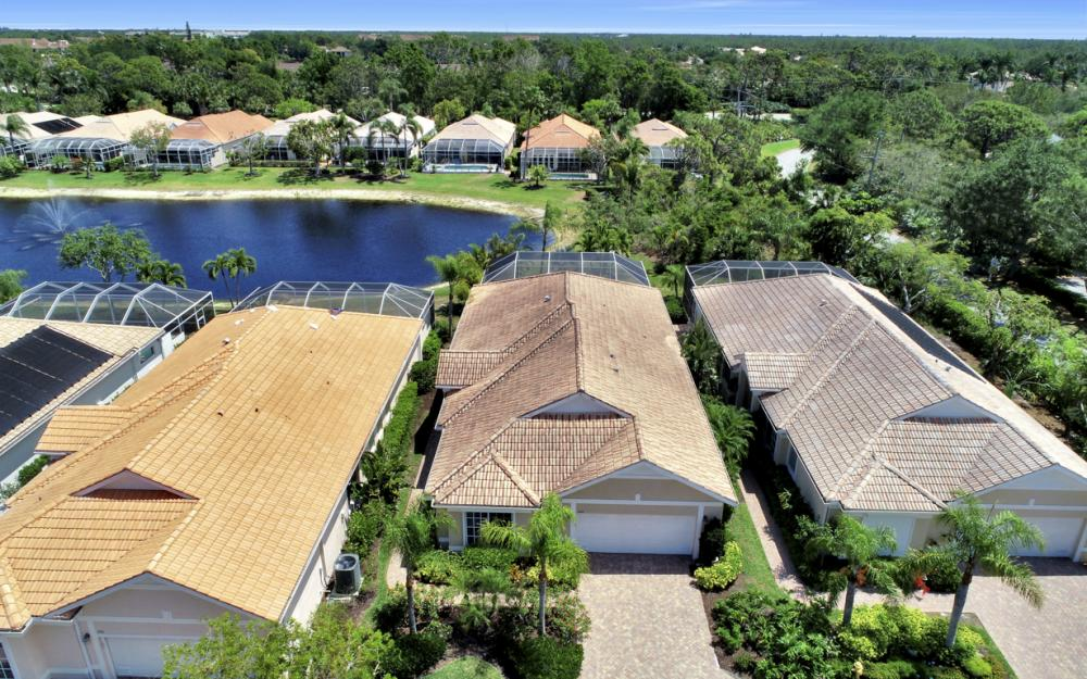 440 Chartwell Pl, Naples - Home For Sale 580237437