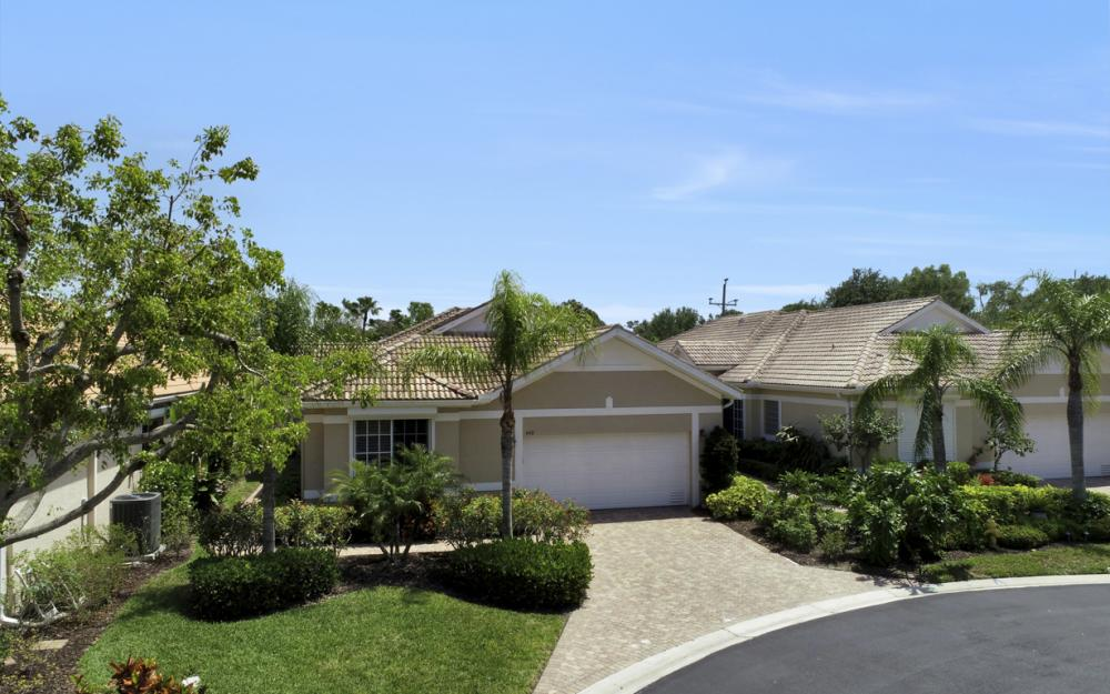 440 Chartwell Pl, Naples - Home For Sale 249195782