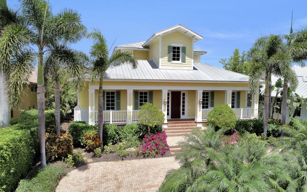 525 13TH Ave S, Naples - Home For Sale 155066569