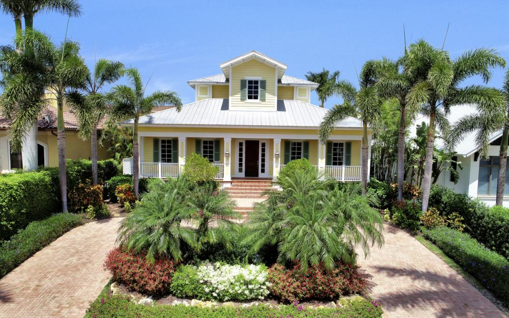 525 13TH Ave S, Naples - Home For Sale 1166703104