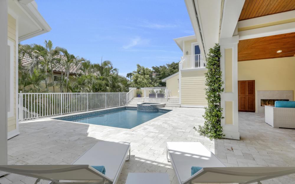 525 13TH Ave S, Naples - Home For Sale 1323395622