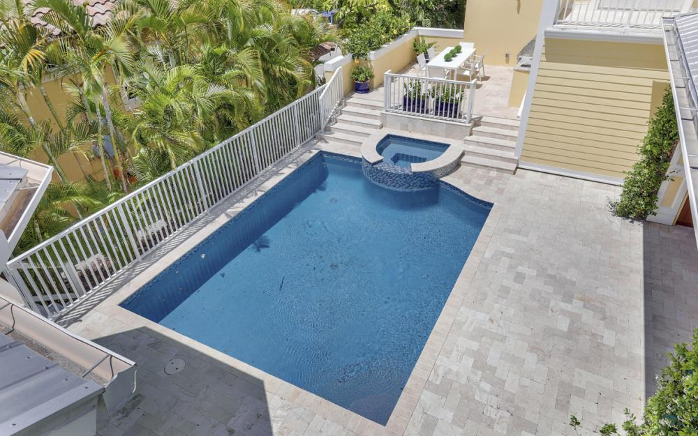 525 13TH Ave S, Naples - Home For Sale 1452759581