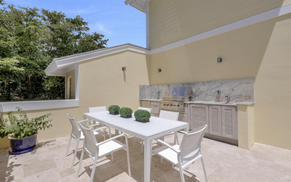525 13TH Ave S, Naples - Home For Sale 907843073