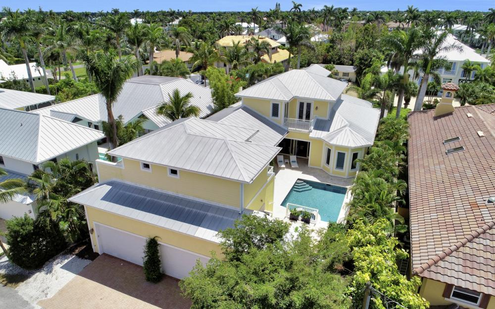 525 13TH Ave S, Naples - Home For Sale 507324700
