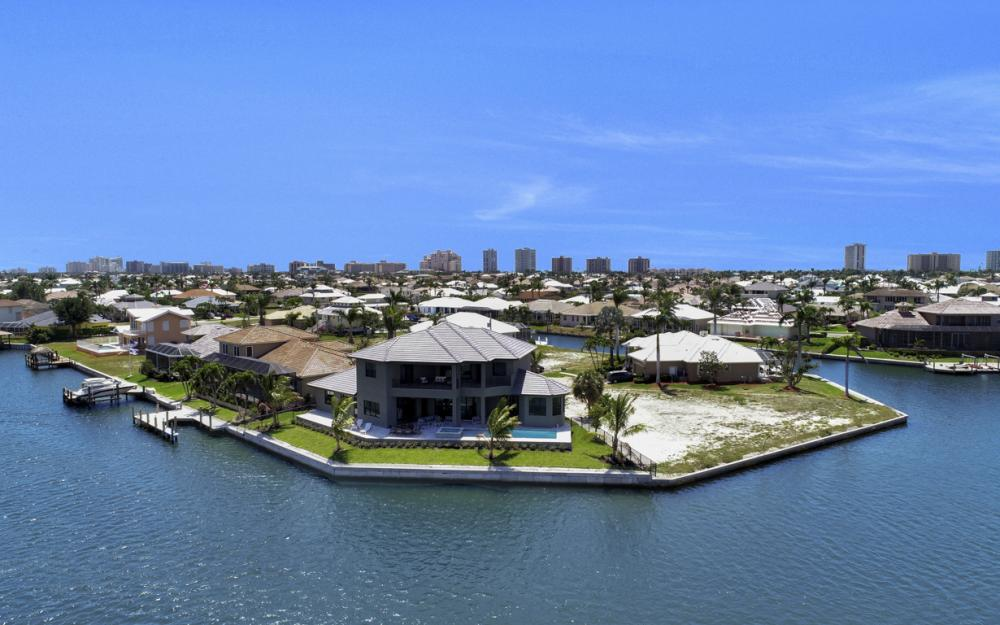 159 South Seas Ct, Marco Island - Home For Sale 304060256