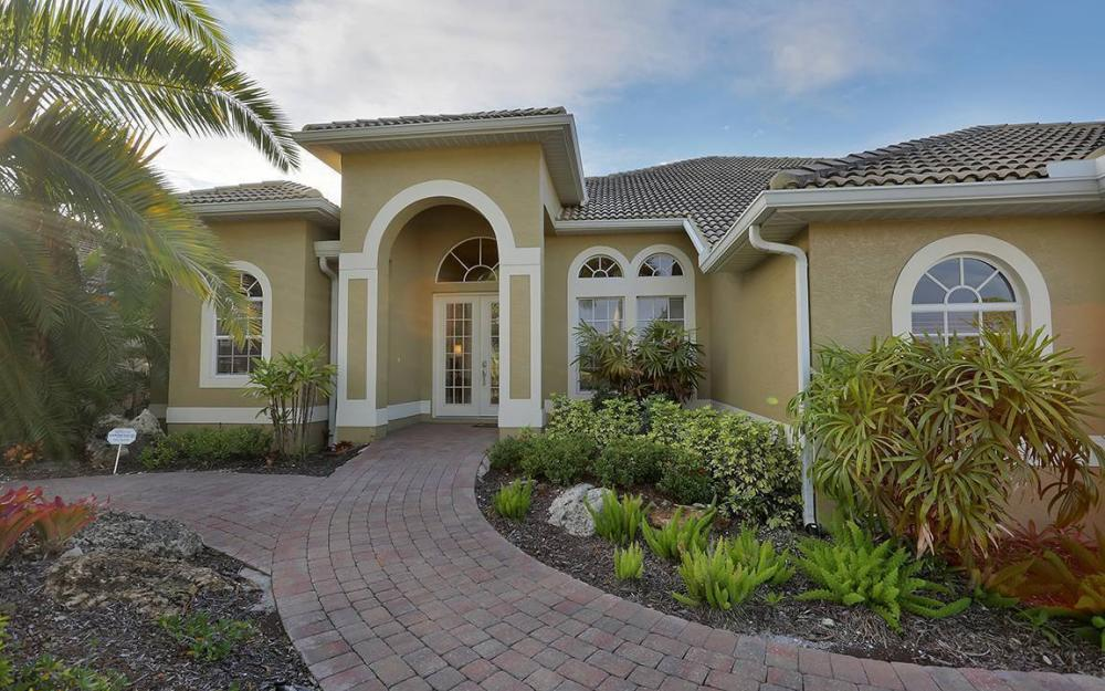 218 Cape Coral Pkwy W,Cape Coral - House For Sale 906200116