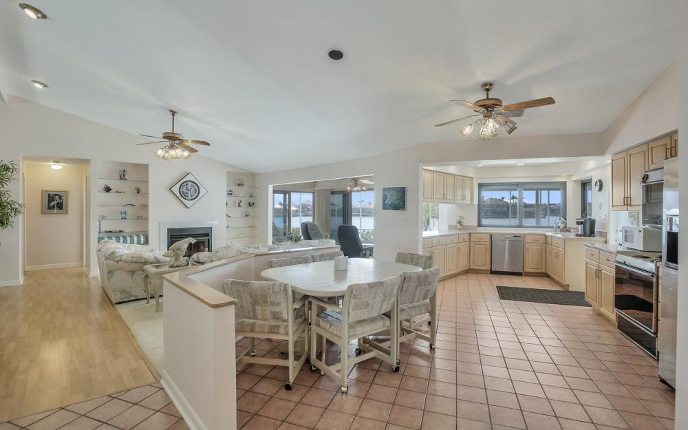 1281 Stone Ct, Marco Island - Home For Sale 1562871085