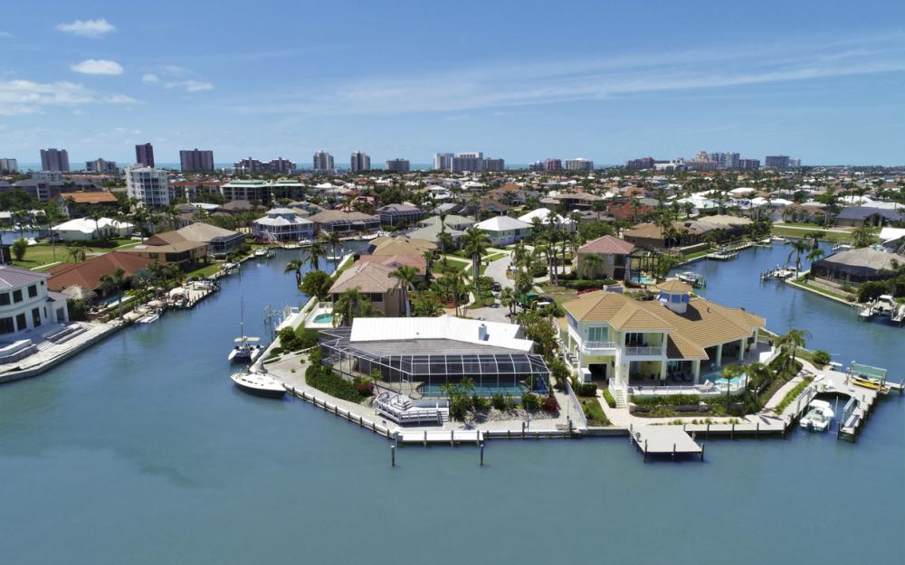 1281 Stone Ct, Marco Island - Home For Sale 381078604