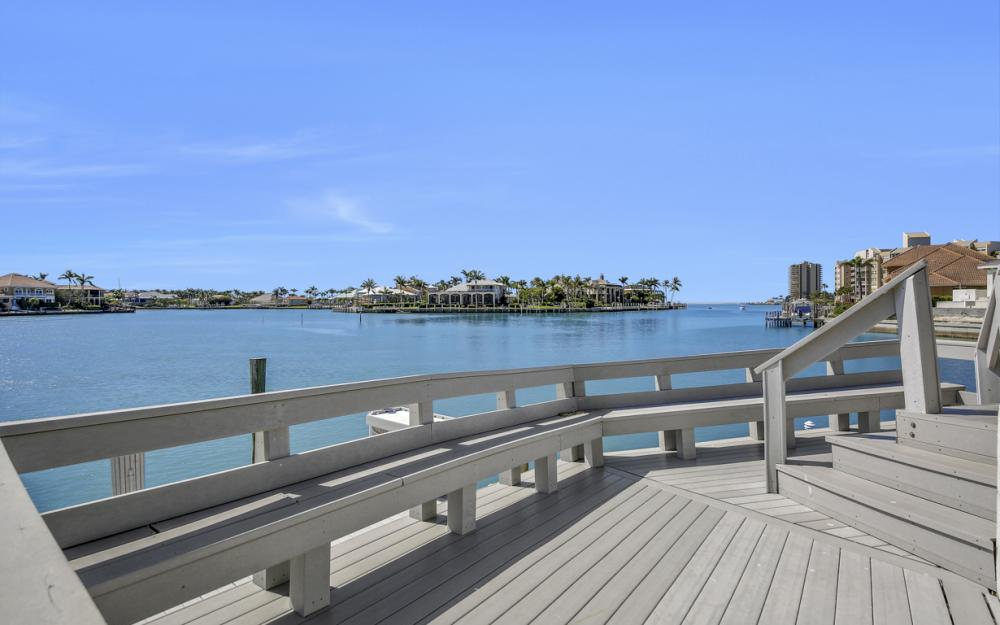 1281 Stone Ct, Marco Island - Home For Sale 88029166