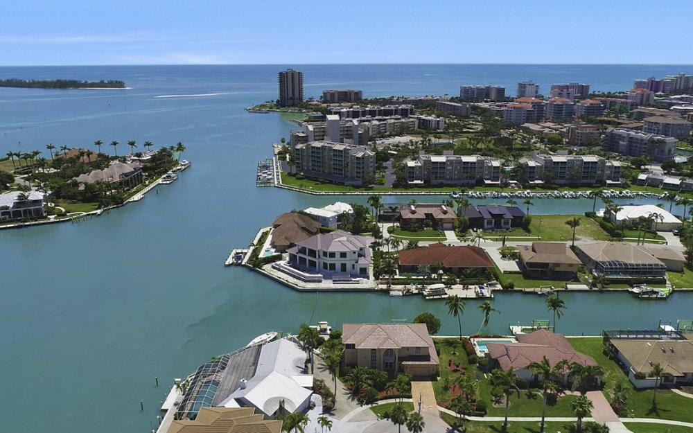 1280 Stone Ct, Marco Island - Home For Sale 228621277