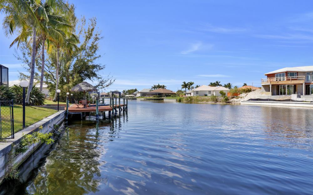 3912 SW 27th Ct, Cape Coral - Home For Sale 1285930450