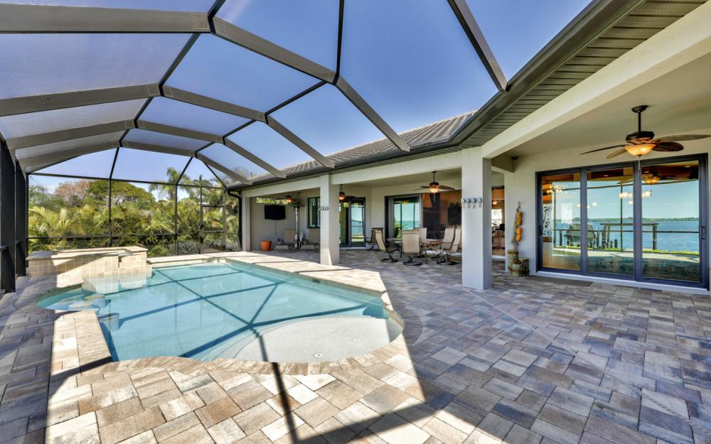 4061 E River Dr, Fort Myers - Home For Sale 1909544353