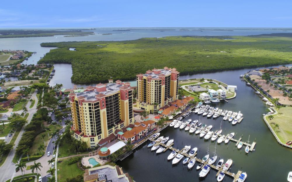 5781 Cape Harbour Dr #1309, Cape Coral - Condo For Sale 654810700