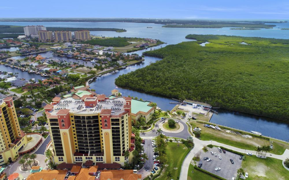 5781 Cape Harbour Dr #1309, Cape Coral - Condo For Sale 1216727472