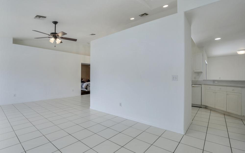8104 Harrisburg Dr, Fort Myers - Home For Sale 1514770010