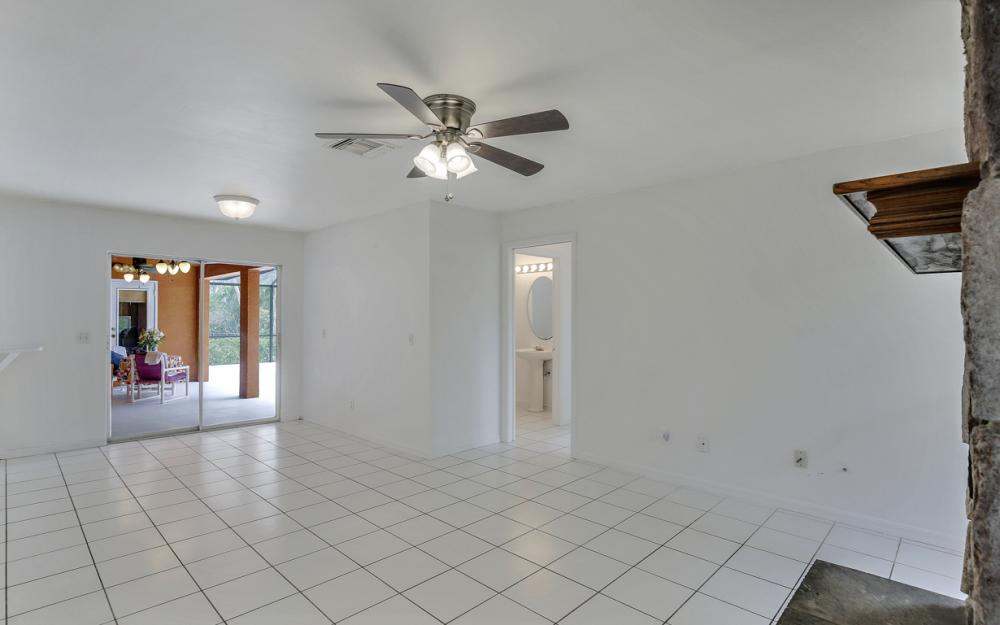 8104 Harrisburg Dr, Fort Myers - Home For Sale 556254061