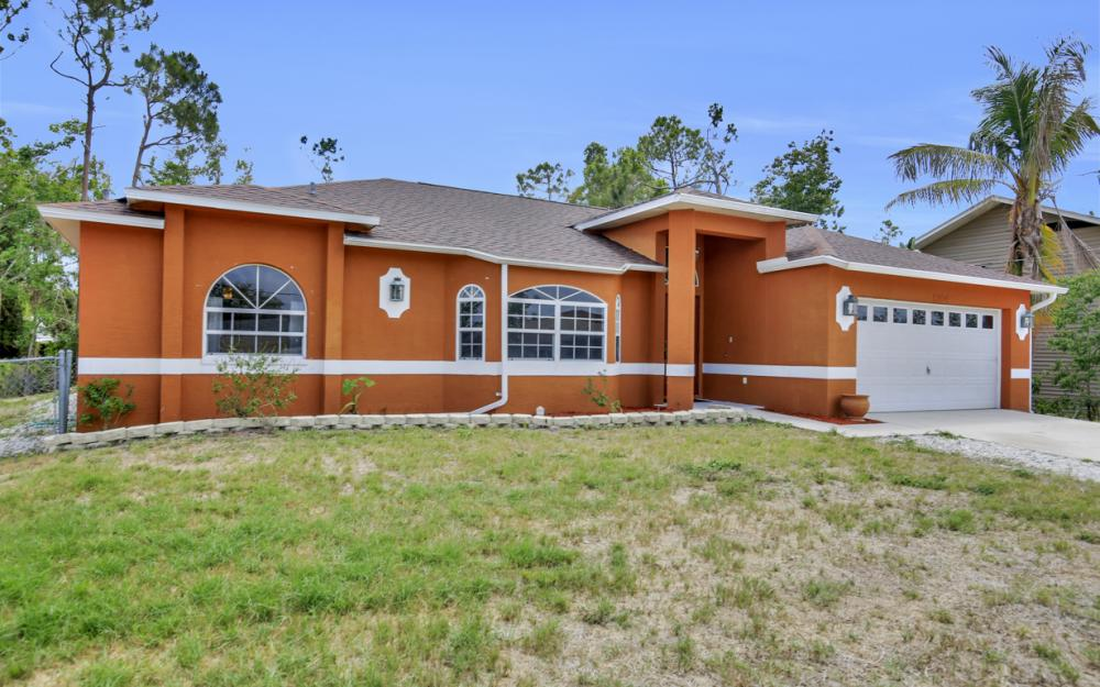 8104 Harrisburg Dr, Fort Myers - Home For Sale 1301348993