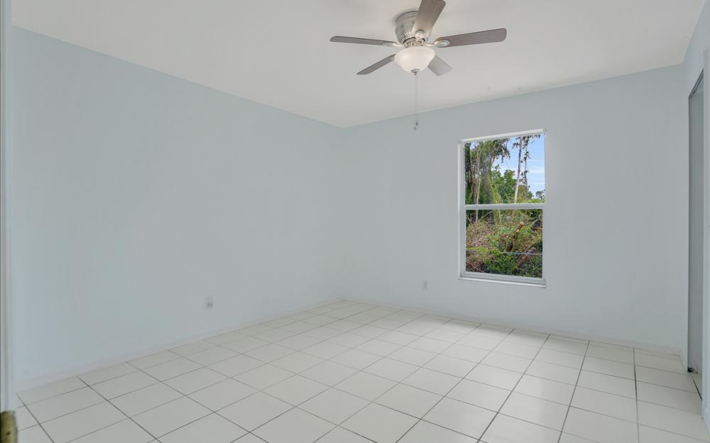 8104 Harrisburg Dr, Fort Myers - Home For Sale 5076207