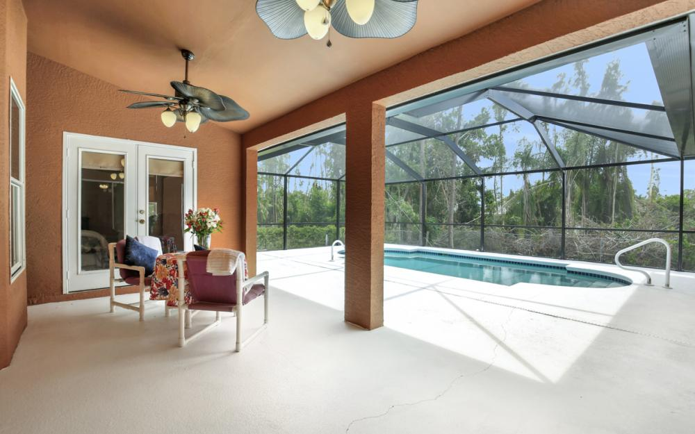8104 Harrisburg Dr, Fort Myers - Home For Sale 935568495