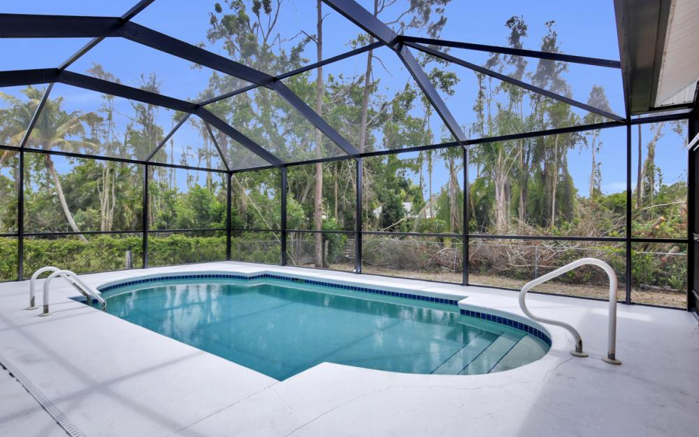 8104 Harrisburg Dr, Fort Myers - Home For Sale 1405225196