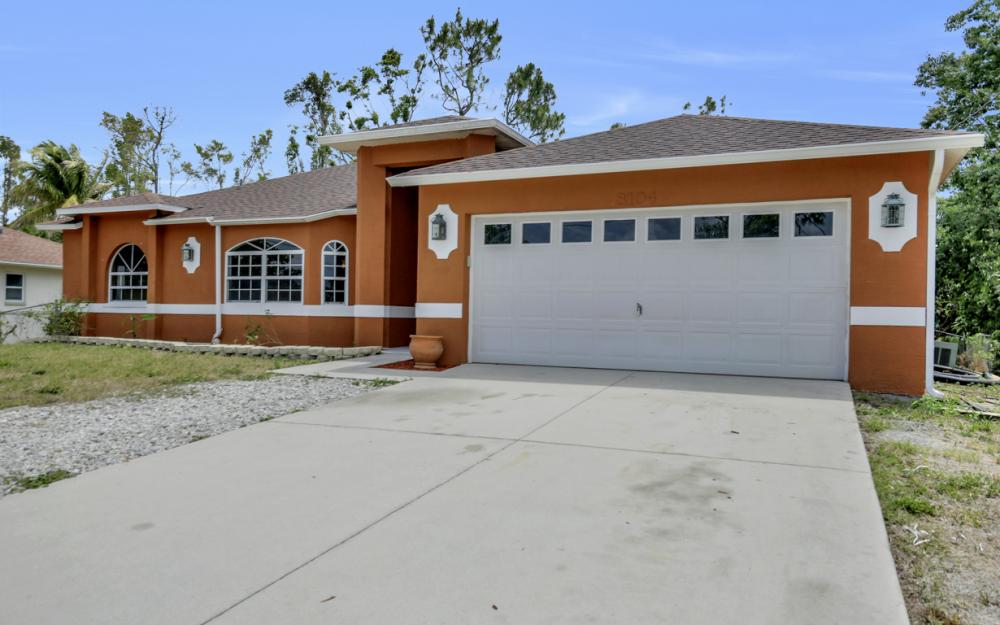 8104 Harrisburg Dr, Fort Myers - Home For Sale 327648023