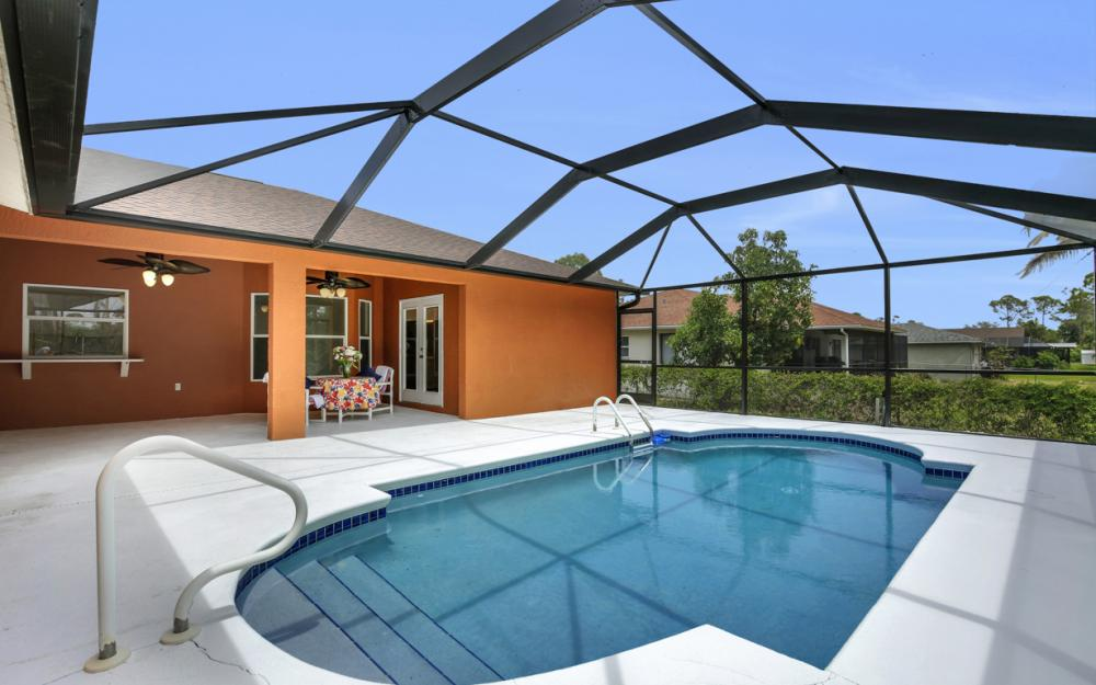 8104 Harrisburg Dr, Fort Myers - Home For Sale 478935767