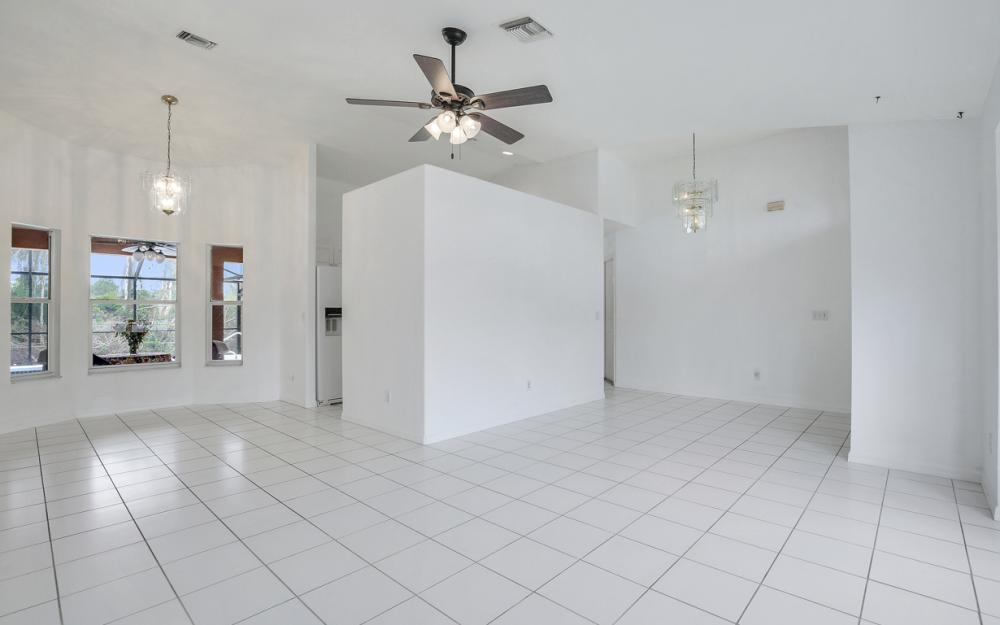 8104 Harrisburg Dr, Fort Myers - Home For Sale 1429509962