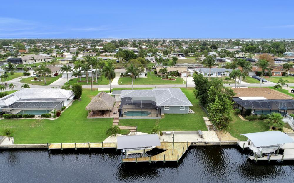 2818 SE 17th Pl, Cape Coral - Home For Sale 968827446