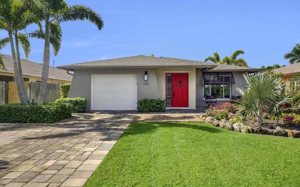 692 94th Ave N. Naples - Home For Sale 2118490588