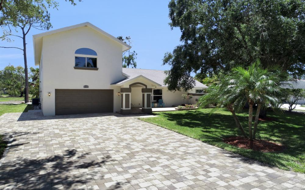 84 Heritage Way, Naples - Home For Sale  408637521