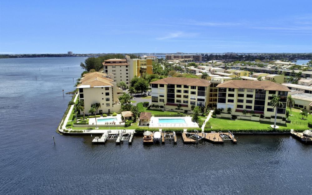 4013 SE 20th Pl #404, Cape Coral - Condo For Sale 614165232
