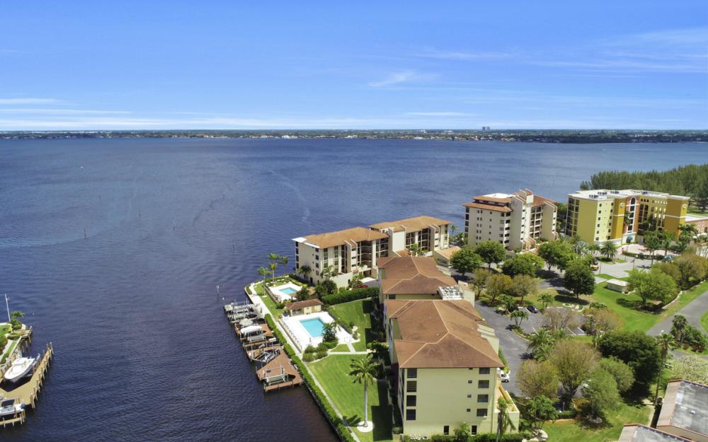 4013 SE 20th Pl #404, Cape Coral - Condo For Sale 694140136