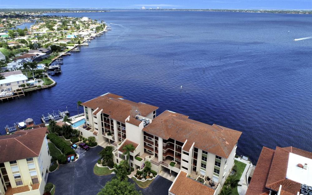 4013 SE 20th Pl #404, Cape Coral - Condo For Sale 444324741