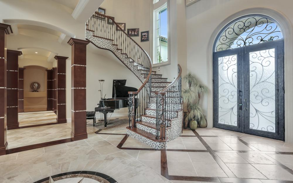 2844 Valencia Way, Fort Myers - Home For Sale 755325702