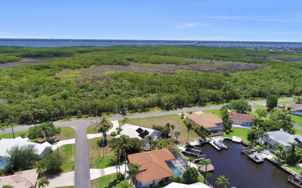 1942 SE 21st Ct, Cape Coral - Lot For Sale 2024432094
