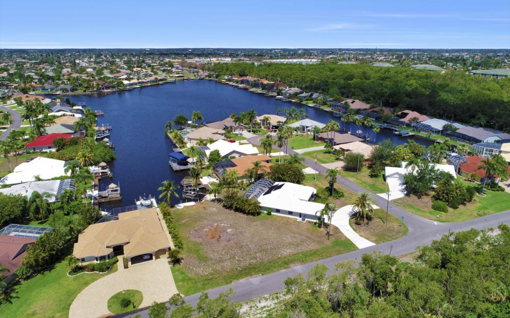 1942 SE 21st Ct, Cape Coral - Lot For Sale 1030651251
