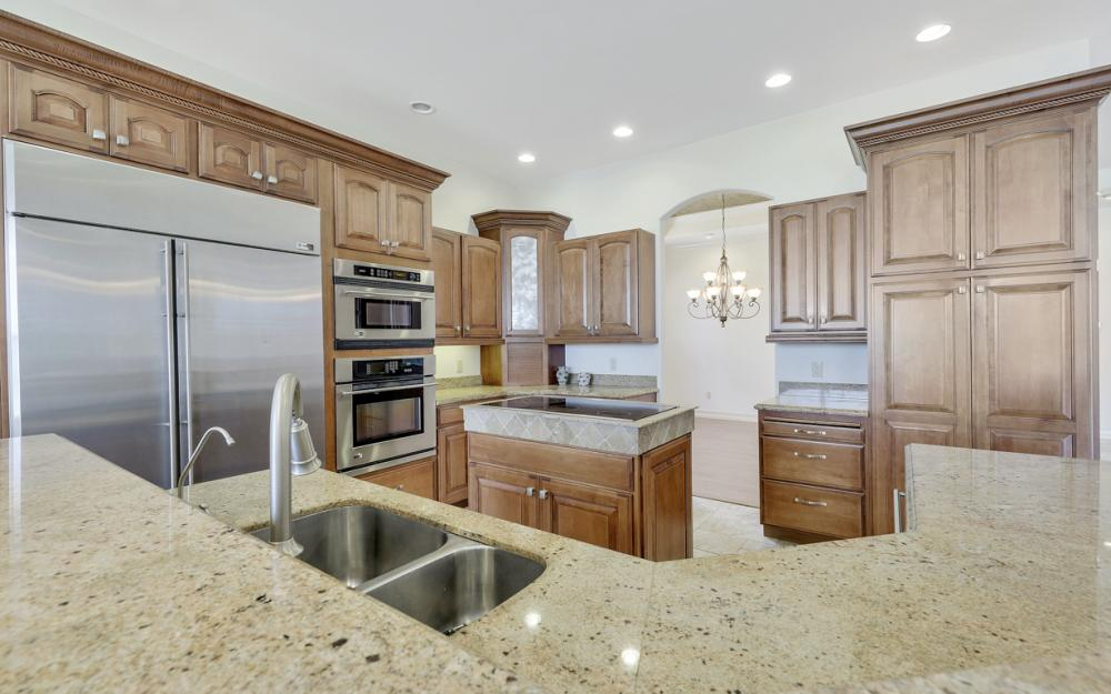 3978 W Riverside Dr, Fort Myers - Home For Sale 297538996