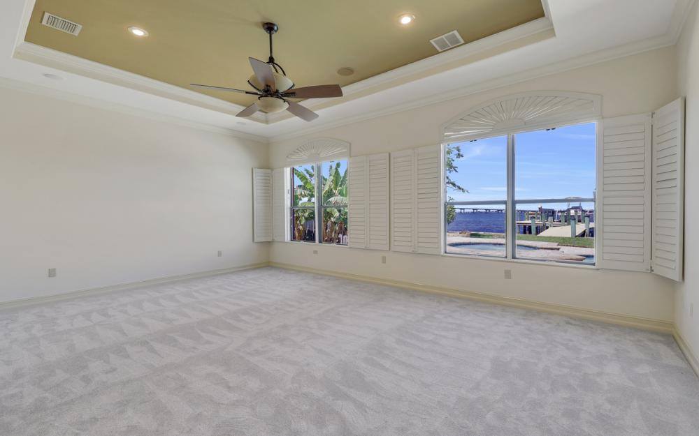 3978 W Riverside Dr, Fort Myers - Home For Sale 1738338264