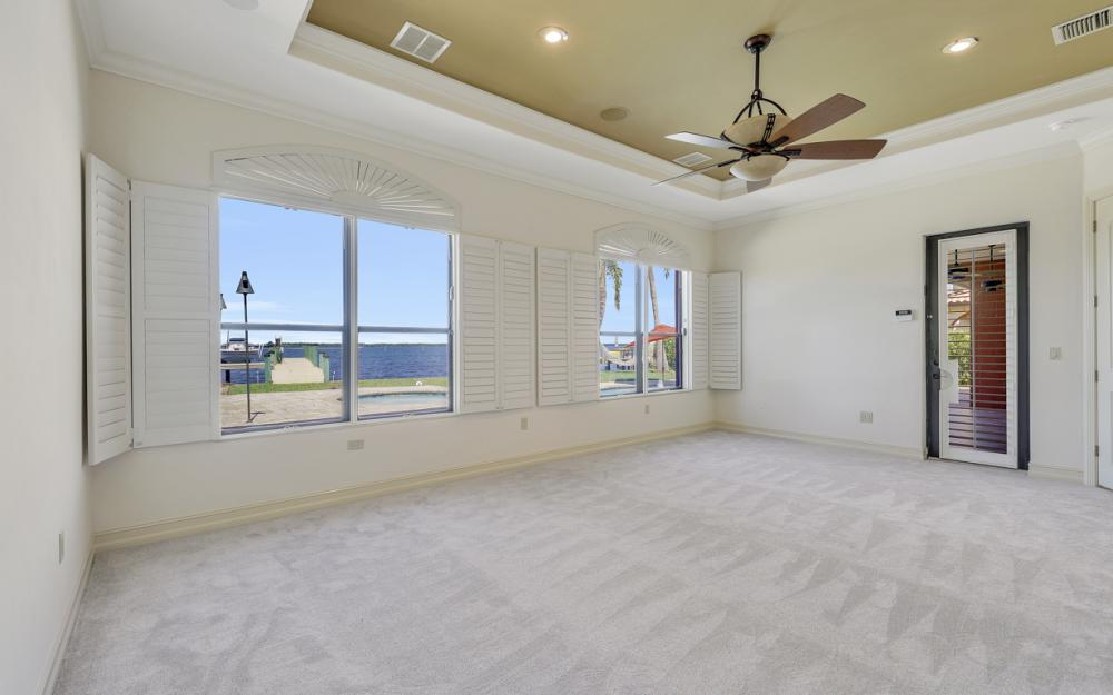 3978 W Riverside Dr, Fort Myers - Home For Sale 1172754055