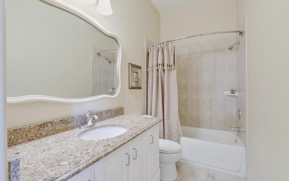 3978 W Riverside Dr, Fort Myers - Home For Sale 1992073375