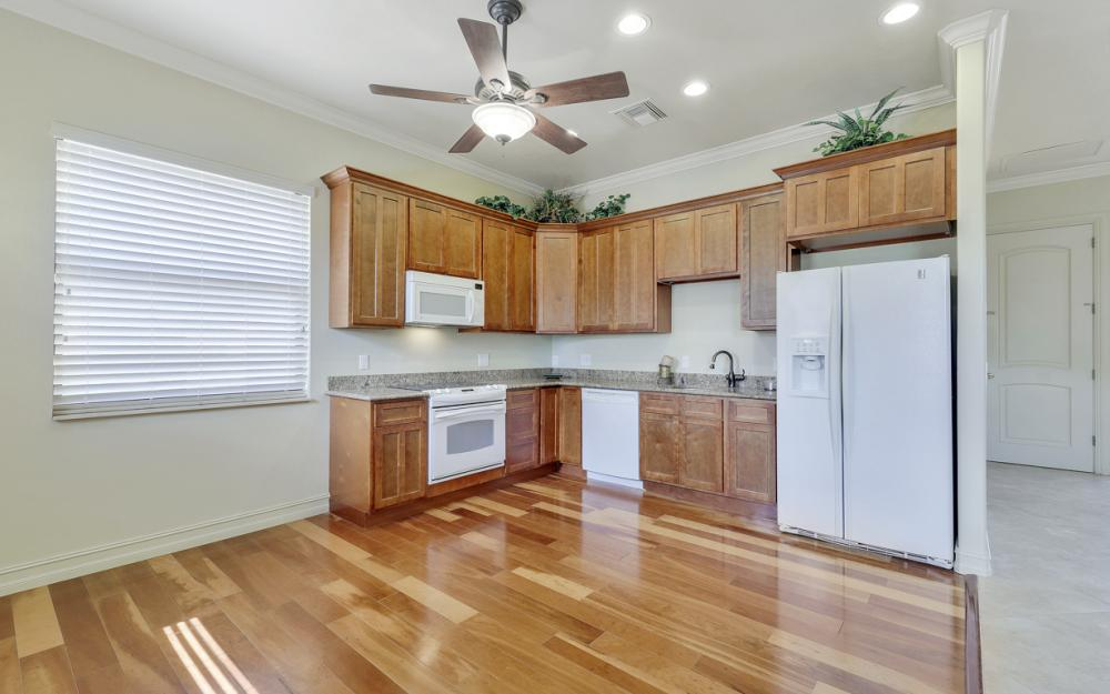 3978 W Riverside Dr, Fort Myers - Home For Sale 401418025