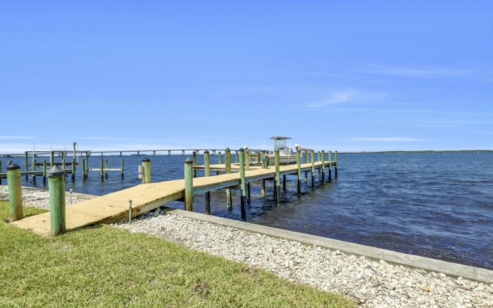 3978 W Riverside Dr, Fort Myers - Home For Sale 1349997940