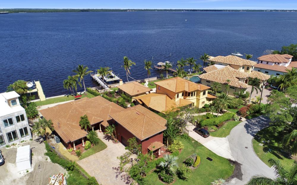 3978 W Riverside Dr, Fort Myers - Home For Sale 1649806245