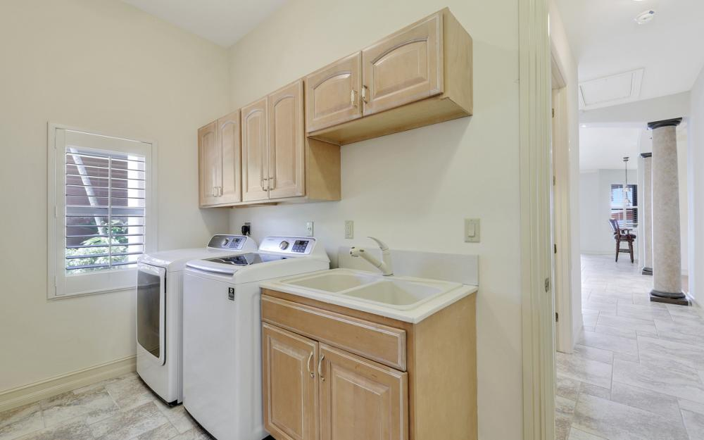 3978 W Riverside Dr, Fort Myers - Home For Sale 1783474708