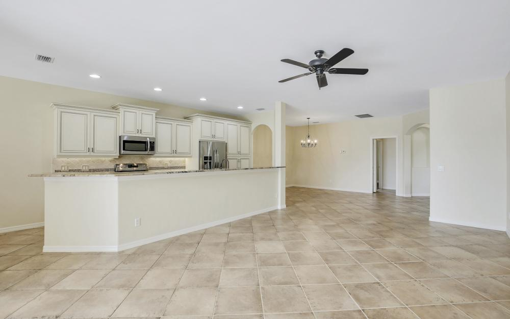 1956 Crestview Way, Naples - Home For Sale 89313810