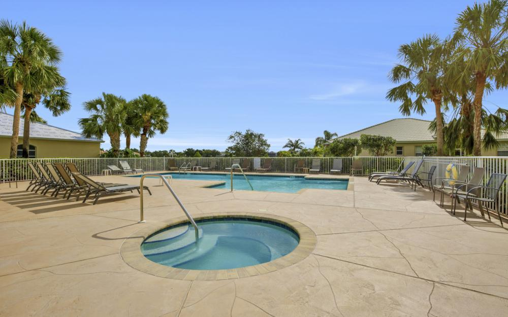 1956 Crestview Way, Naples - Home For Sale 501348975