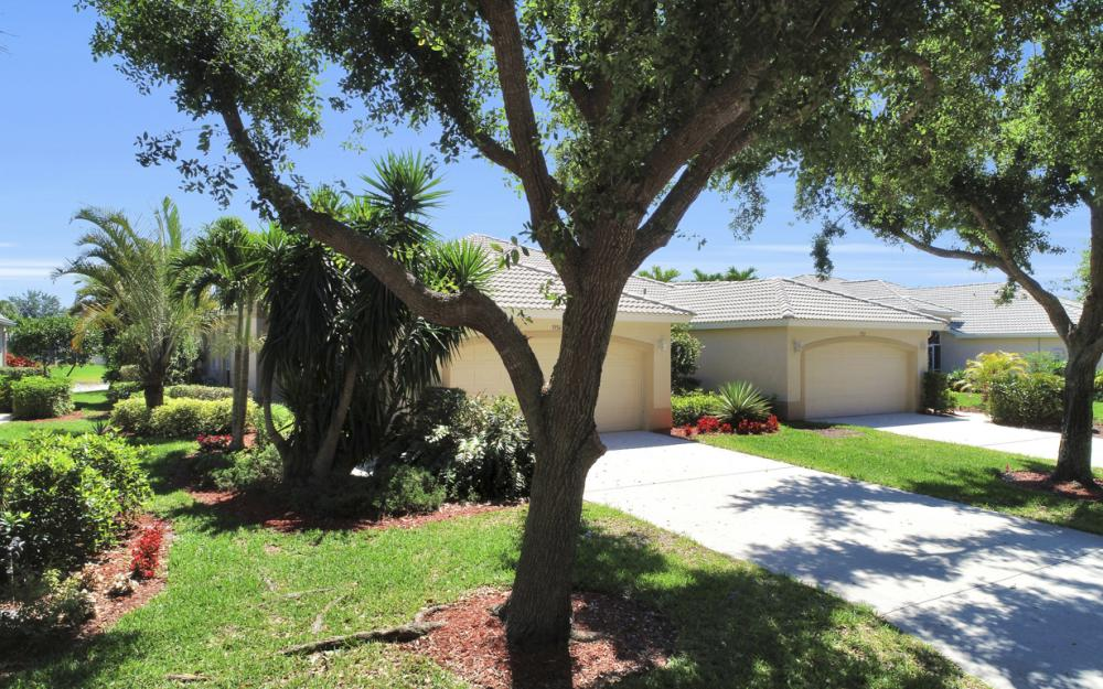 1956 Crestview Way, Naples - Home For Sale 206141267