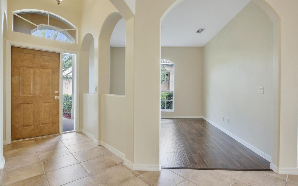 1956 Crestview Way, Naples - Home For Sale 556410916
